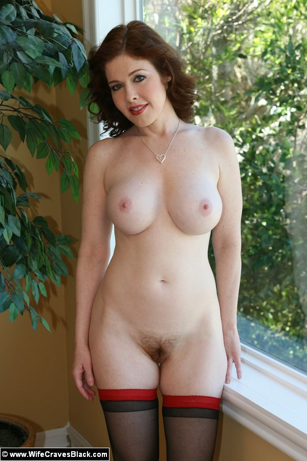 Galleries redhead wife milf pics