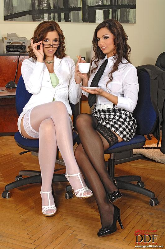 Γραφείο λεσβιακό σεξ κανάλι
