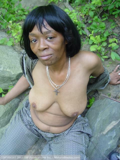 Pusi black granny pussy girl gets stoned