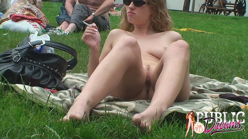 Girl Showing Pussy Public