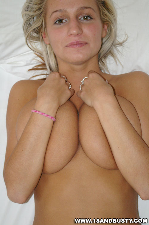 Super Tits Cute Shy College Girl With Very - Xxx Dessert -1627