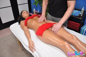 Reality sex. Hot 18 year old brunette fu - XXX Dessert - Picture 8