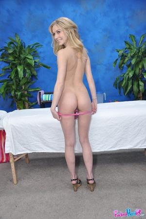 Teen porn. Hot 18 year old blonde fucks  - XXX Dessert - Picture 5