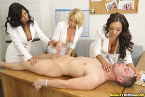 Cfnm. 3 hot big tits milfs cast for a co - XXX Dessert - Picture 5