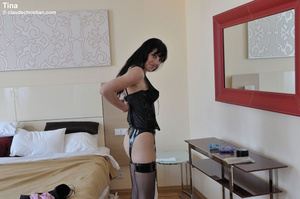 Sexy hot pants. Girls in nylons at home. - XXX Dessert - Picture 9