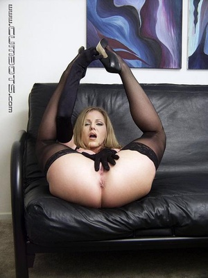 Sex machine xxx. Amber Michaels. - XXX Dessert - Picture 4