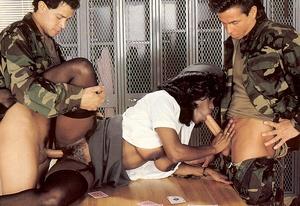 Vintage porn classic. Black seventies la - XXX Dessert - Picture 5