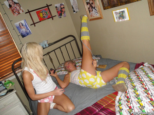 Free teen porn. Teen BFF have there firs - XXX Dessert - Picture 9