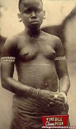 Vintage xxx. Several nude African ladies - Picture 7