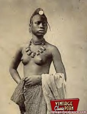 Vintage xxx. Several nude African ladies - Picture 11