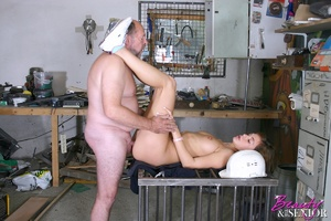 Old man young girl. Babe enjoys an older - XXX Dessert - Picture 11