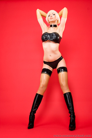 Latex galleries. Dressed to be Sexy. - XXX Dessert - Picture 8