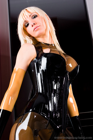 Rubber erotic. Wet Shiny Latex Layers. - XXX Dessert - Picture 3