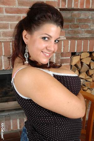 Girls with big boobs. Veronika. - XXX Dessert - Picture 1