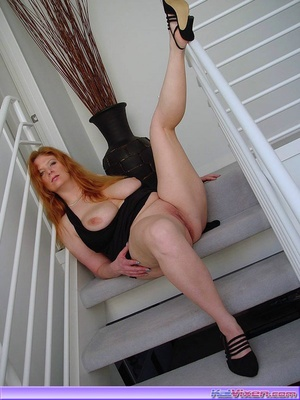 Redhead gallery. Some Upskirt Shots Of T - XXX Dessert - Picture 6