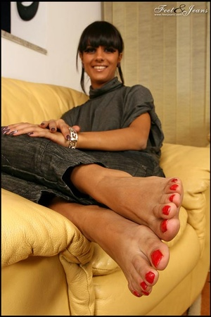 Nice Feet. Brunette with red painted toe - XXX Dessert - Picture 15
