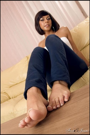 Foot lovers. Hot girl with smooth soles. - XXX Dessert - Picture 9