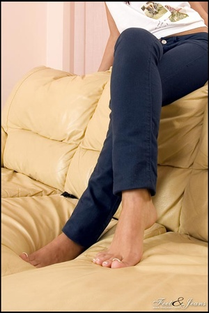Foot lovers. Hot girl with smooth soles. - XXX Dessert - Picture 14