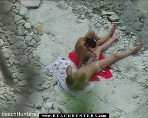 Hidden camera porn. Nude tanned babe fon - XXX Dessert - Picture 3