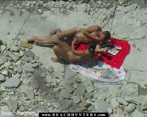 Hidden camera porn. Nude tanned babe fon - XXX Dessert - Picture 5