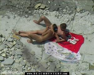 Hidden camera porn. Nude tanned babe fon - XXX Dessert - Picture 7