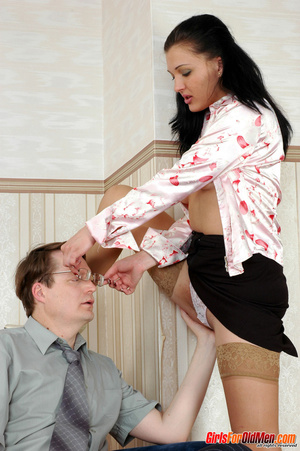 Old young. Office babe paying for her cu - XXX Dessert - Picture 9