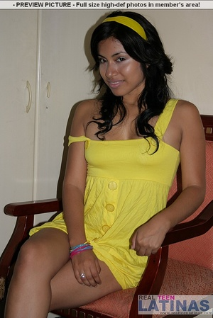 Naked latinas. Silvana in yellow dress. - XXX Dessert - Picture 3