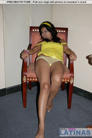 Naked latinas. Silvana in yellow dress. - XXX Dessert - Picture 6