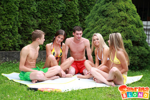 Sexy porn stars. Group of 5 teens playin - Picture 1