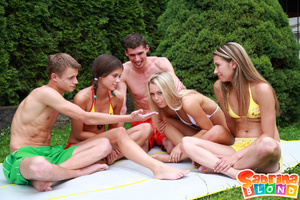 Sexy porn stars. Group of 5 teens playin - Picture 3