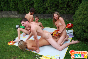 Sexy porn stars. Group of 5 teens playin - Picture 13