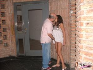 Public sex. Drunk chick lost control dur - XXX Dessert - Picture 5