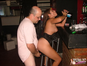 Public sex. Drunk chick lost control dur - XXX Dessert - Picture 11