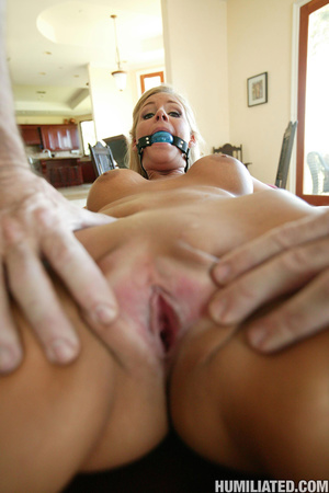 Extreme bdsm. Hot mom with blonde pussy  - XXX Dessert - Picture 4