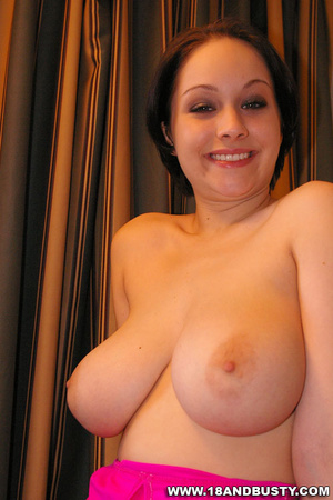 Nice boobs. Stunning slim amateur model  - XXX Dessert - Picture 7