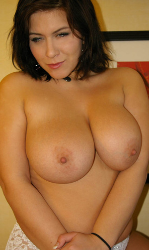 Big tits round. Sweetie showing off her  - XXX Dessert - Picture 13