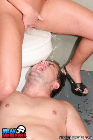 Girls squirt. Johnny got face showered w - Picture 11