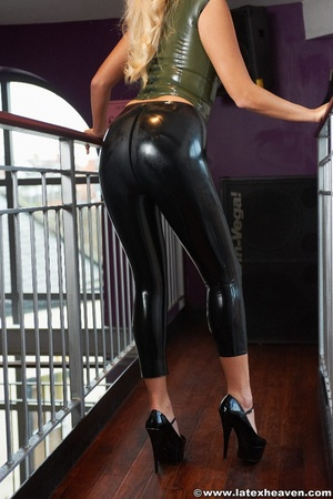 Latex erotica. Latex Heaven. - XXX Dessert - Picture 2