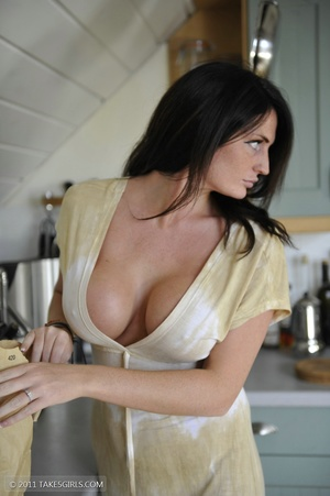 Dark haired girl going messy in the kitc - XXX Dessert - Picture 11