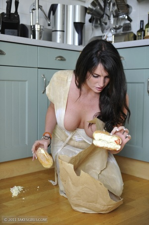 Dark haired girl going messy in the kitc - XXX Dessert - Picture 12