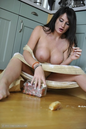 Dark haired girl going messy in the kitc - XXX Dessert - Picture 16