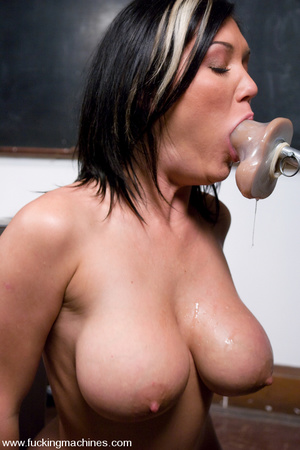 Girls sex machines. BDSM Pics. - XXX Dessert - Picture 3