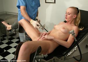 Women fucking machines. Sharon Wild give - XXX Dessert - Picture 1