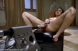 Machine fuck. Asian Squirts all over her - XXX Dessert - Picture 11