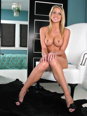 Erotic porn. In the crack. - XXX Dessert - Picture 9