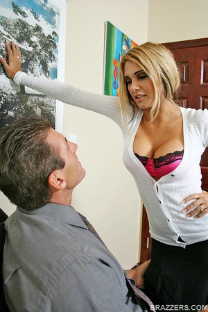 Huge boobs. Carmel Moore the busty profe - XXX Dessert - Picture 2